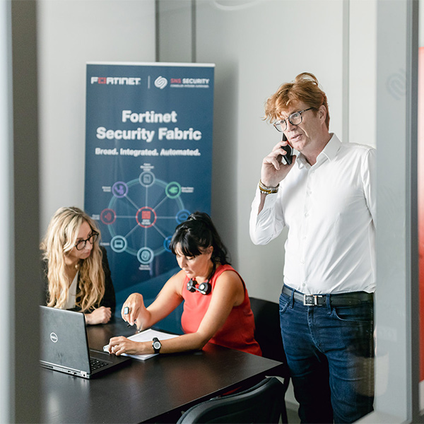 conversation telephonique sns security expert partner fortinet